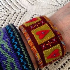 Bracelet made by Ingela Lundqvist-Tano Wool Embroidery, Wool Applique, Textile Jewelry, Fabric Jewelry, Felt Bracelet, Fabric Bracelets, Felt Fabric, Felt Crafts, Wool Felt