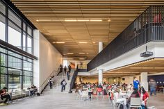 Diablo Valley College - Pleasant Hill, California | Steinberg Architects | Photography by Tim Griffith