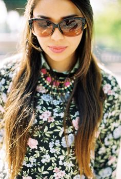 Preppy Flower Bloom on http://nooristrend.com/2015/03/23/floral-preppy-look/
