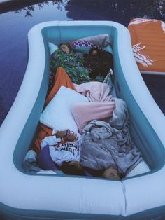 summer goals sleepover PAYTON (ohsnapitspayton) P - summergoals Cute Friend Pictures, Best Friend Pictures, Friend Pics, Summer Goals, Summer Fun, Summer Nights, Soirée Pyjama Party, Fun Sleepover Ideas, Sleepover Fort