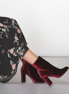 Burgundy 'Ariana' Velvet Boots - The Exclusives - Magazine - Dorothy Perkins Red Velvet Boots, Velvet Ankle Boots, Fancy Shoes, Glamour, Dress With Boots, Chic Outfits, Shoe Boots, Rain Boots, What To Wear