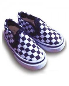 how 80's is this?  checkered vans for BJDs.  $9.90 at Alice's Collections