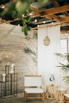 Modern Home Decor Tropical party decor More.Modern Home Decor Tropical party decor Decor, Tropical Houses, Tropical Home Decor, Wall Decor Bedroom, Cheap Home Decor, Home Decor, Apartment Chic, Tropical Decor, Tropical Bedrooms