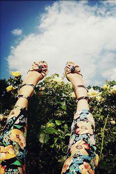 Tucker floral printed Dahlia pumps