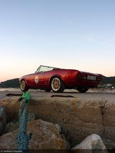 Fiat 124 Spider, Photography And Videography, Cars And Motorcycles, Classic Cars, Cafe Racers, Spiders, Rally, Sport, Life