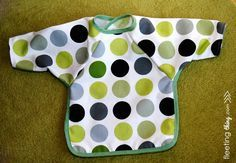 fleetingthing » Long-sleeved baby bib (pattern and tutorial)                                                                                                                                                      More