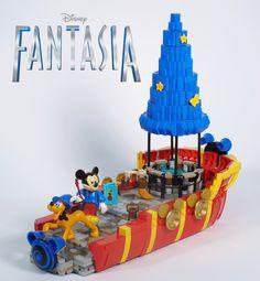 Lego Disney Mickey Mouse Fantasia Float by Brickbaron Lego Disney, Disney Mickey Mouse, Disney Fun, Walt Disney, Minnie Mouse, Lego Minecraft, Lego Tv, Step On A Lego, Fantasia Disney