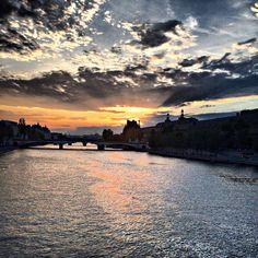 Sunset  Pont des arts, Paris