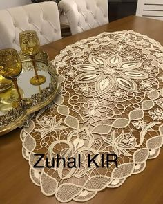 Crochet Flower Patterns, Crochet Flowers, Romanian Lace, Point Lace, Macrame Design, Irish Crochet, Sewing Hacks, Ottoman, Angles