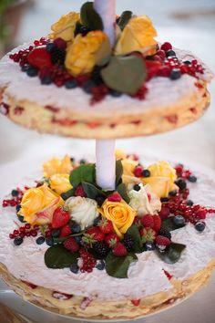 Italian Millefoglie Wedding Cake | by Varese Wedding