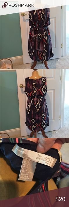 Business attire dress NWOT Shift dresses with belt sash. Never worn. Size L. A little tight because the fabric does NOT stretch. A minor tear that takes a second to fix, just didn't get around to doing it (shown in photo) Forever 21 Dresses Midi