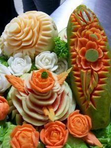 Image detail for -fruit_carving. Veggie Art, Fruit And Vegetable Carving, Watermelon Art, Watermelon Carving, Edible Food, Edible Art, Fruit Creations, Food Sculpture, Food Carving