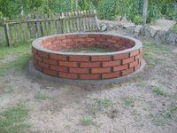 Fire-pit construction.  pilu07: S6009584
