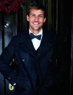There's nothing more handsome than a man wearing a bow tie. Southern charm <3