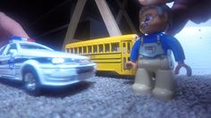 SCHOOL BUS VS POLICE CAR High Speed Chase!  TOY CARS Action!