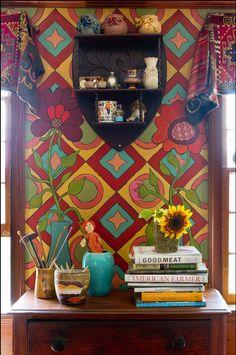 WALL PAINT STENCIL DESIGN - LOVELY - Keltainen talo rannalla: Värikäs koti