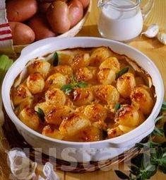 Lajos Mari konyhája - Tejszínben sült újkrumpli Ciabatta, Shrimp, Cake Recipes, Side Dishes, Curry, Food And Drink, Chicken, Cooking, Ethnic Recipes