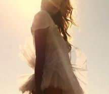 Inspiring picture beautiful, fashion, girl, light, photo, sun. Resolution: 495x328 px. Find the picture to your taste!