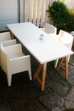garden trestle table