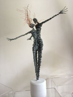 Rachel Ducker | Rachel Ducker Wire Sculpture Wire Art Sculpture, Abstract Sculpture, Wire Sculptures, Bronze Sculpture, Fantasy Wire, Scrap Metal Art, Wire Crafts, Recycled Art, Beads And Wire