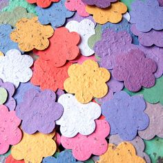 20 Plantable Pots with Flower Seed Paper Confetti - Seed Planting Wedding Favors Kit - Organza Ribbon and Custom Printed Wedding Favor Cards May Flowers, Paper Flowers, Flower Seeds, Flower Pots, Ecology Design, Seed Paper, Mothers Day Crafts, Wedding Favors, Wedding Ideas