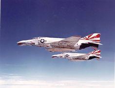 """F-4B Phantom ll ''VF-111 """"Sundowners"""""""