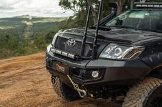Love this Hilux front end setup.