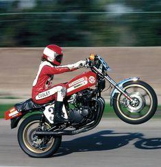 Wes Cooley Suzuki AMA Champion 1979-1980 Motorcycle Racers, Suzuki Motorcycle, Old School Motorcycles, Cars And Motorcycles, Custom Street Bikes, Drag Bike, Super Bikes, Road Racing, Cool Bikes