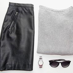 Mai szerelés! | Outfit of today! #ootd #leatherskirt #silver #watch #black #grey #sunnies #minimal #keepitsimple #hungarianblogger #godotal #mik