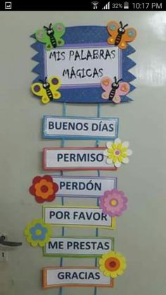 its written here magic words like please thank you .but we could write biblical Spanish Classroom Decor, Bilingual Classroom, Bilingual Education, Classroom Rules, Classroom Language, Kids Education, Classroom Organization, Classroom Management, Class Decoration