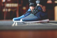 Nike RosheRun Flyknit