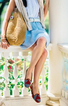"""Classy Girls Wear Pearls: """"S"""" is for Sun. Summer style and fashion. #ootd #sloaneranger"""