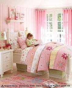 This is Natalie's toddler bedding set. In the next year she will need a big girl bed- may have to re-buy this. Love it that much.