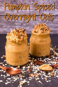 Spiced Overnight Oats Even your breakfast can be inspired by the Autumn season. Try this Pumpkin Spiced Overnight Oats recipe.Even your breakfast can be inspired by the Autumn season. Try this Pumpkin Spiced Overnight Oats recipe. Pumpkin Overnight Oats, Overnight Oatmeal, Healthy Overnight Oats, Overnite Oats, Pumpkin Oatmeal, Breakfast Dishes, Healthy Breakfast Recipes, Breakfast Ideas, Mexican Breakfast