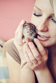 Squeeze Squeeze by ~szczurasy on deviantART