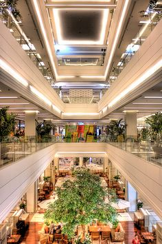 Great Bangkok Shopping Malls Siam pictures - http://bangkok-mega.com/great-bangkok-shopping-malls-siam-pictures/
