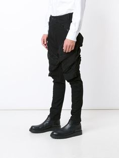 Visions of the Future // Julius Tapered Cargo Trousers - Atelier Ny - Farfetch.com