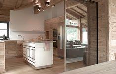 Beautiful Interiors - Chalet Rustic Modern Home - Busyboo Chalet Interior, Interior Walls, Interior Lighting, Commercial Interior Design, Interior Design Tips, Bernd Gruber, Chalet Design, Cabin Interiors, Log Homes