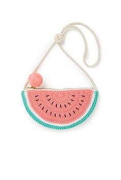 Crochet Doll Tutorial, Crochet 101, Crochet Fruit, Crochet Crafts, Crochet Projects, Crochet Clutch Pattern, Tapestry Crochet Patterns, Crochet Turtle, Crochet Handbags