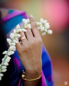 Indian Wedding Photography | Indian Bride | Jasmine | Bridal photography ideas | Kerala Wedding | Kerala wedding photos | Wedding in Kerala | Wedding band  www.potoksworldphotos.com