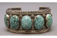 Navajo Cuff Bracelet with striking Spiderweb Turquoise