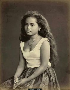 Timeless beauty: Twelve historic photos of charming Filipinas Filipino Art, Filipino Culture, Filipino Tattoos, Most Beautiful Faces, Beautiful People, Beautiful Women, Cultura Filipina, Vintage Photographs, Vintage Photos