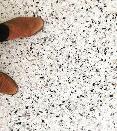 Tegel #architecture #interior #bomarbre #grigiovenato #vredestraat #runkst #inprogress #voeten