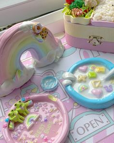 Ceramic Clay, Ceramic Pottery, Pottery Art, Polymer Clay Crafts, Diy Clay, Clay Plates, Clay Art Projects, Cute Clay, Sculpture Clay