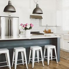 Industrial meets farmhouse kitchen #factory7pendant #schoolhouseelectric (via…