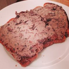 Synfree slimming world pate. Finely chop 400gm of mushrooms; cook until soft & golden in butter frylite. Put to one side. In the same pan cook half an onion and herbs (I used fresh thyme & chives) cook until soft add of 300gms of trimmed chicken livers and cook until the liver is cooked through but slightly pink in the middle (any more and it will be bland) leave it to cool and then blitz with half the mushrooms. Stir in 200gms of quark and the rest of mushrooms! Chill for at least 3 hours.