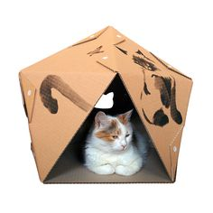 Sumi-e Pentagon Cardboard Cat House, Cat Furniture, Cat Toy, Cat Bed, Cat Cave… Cardboard Cat House, Cat House Diy, Image Chat, Cat Cave, Funny Cute Cats, Diy Gifts For Friends, Diy Home Decor Bedroom, Cat Scratcher, Animal House