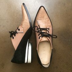 L.A.M.B. Shoes - L.A.M.B oxfords Pretty Shoes, Beautiful Shoes, Cute Shoes, Me Too Shoes, Unique Shoes, Dream Shoes, Crazy Shoes, Stilettos, Casual Chique