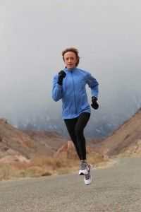 Deena Kastor' tips on how to train for a mud run.