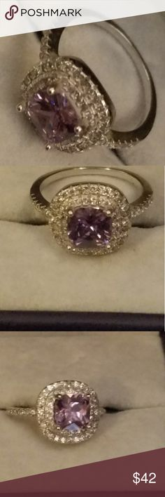 Women's 925 Sterling silver lab created amethyst Women's size 7 Sterling silver 925 ring with lab created purple amethyst & qz stones Beautifully made ring Jewelry Rings